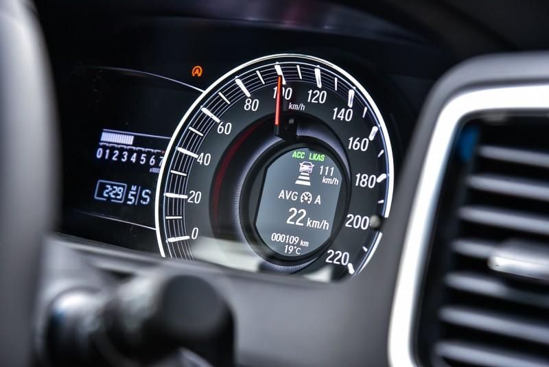 ACC作動時駕駛能選擇不同跟車距離確保行車安全