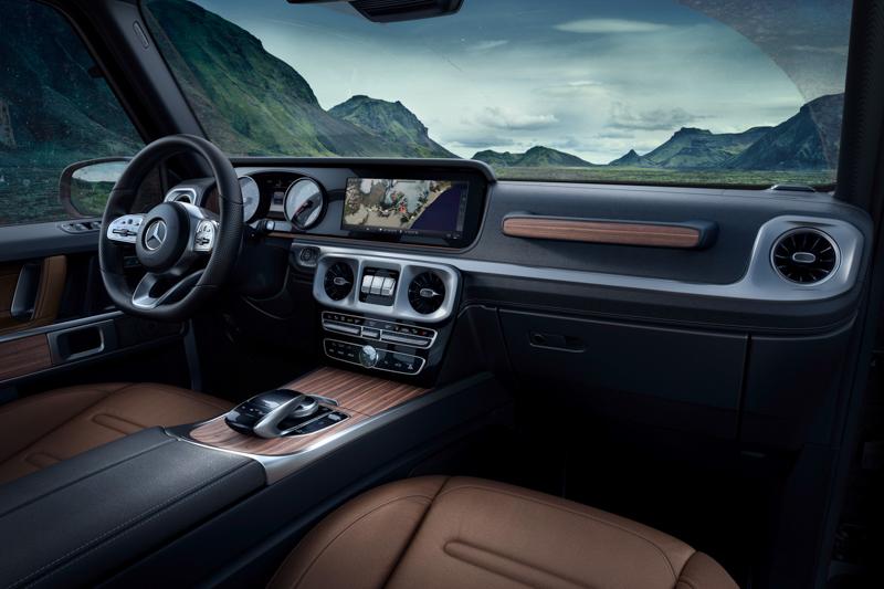 車主也可選擇寬螢幕套件,由兩個12.3吋的螢幕組成,就如當前新世代S-Class或E-Class的寬螢幕套件般炫目。