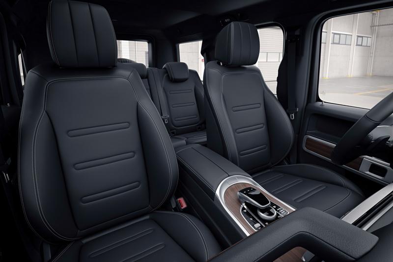 不僅乘坐空間全面提升,並提供如可加熱、通風、按摩的座椅功能、具備16只揚聲器的Burmester音響系統等選配項目。