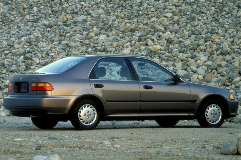 90年代是許多人家中真正擁有汽車的時代。