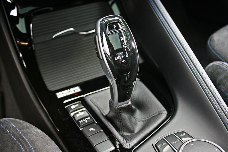 在換上七速自手排變速系統後,X1 sDrive20i的動力傳輸更加直接無窒礙。