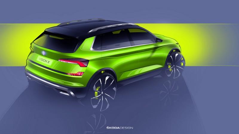 Vision X採用Skoda經典車色 FlexGreen塗裝,除了在車窗下緣加上鍍鉻飾條,車體最下方以及圓形輪拱邊緣也都有防刮飾板