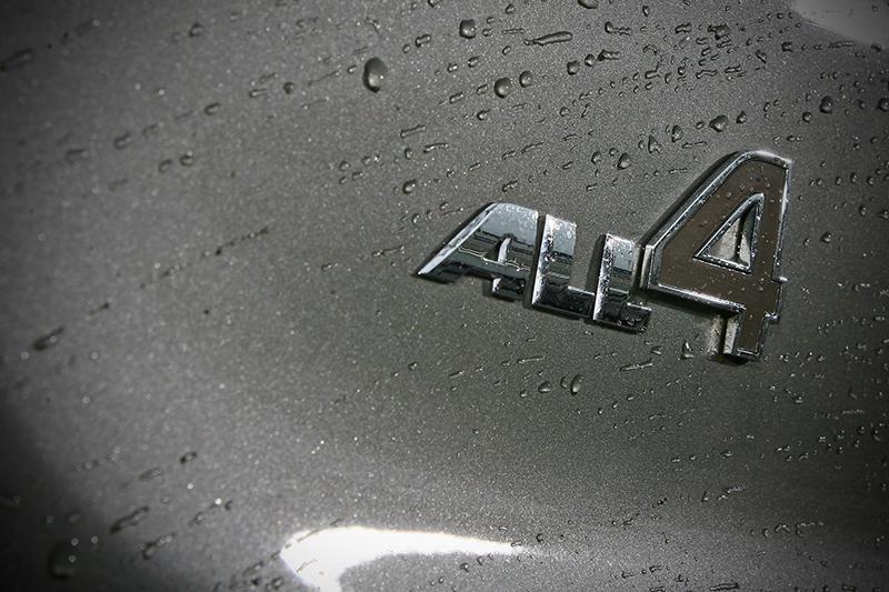 在前引擎後馬達驅策下,Mini Cooper S E Countryman All4當然也歸納在四輪驅動車型,因此冠上All4頭銜。
