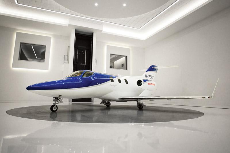 客廳如果能像這樣停一架飛機該有多好!