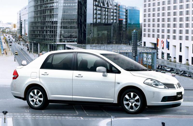 至2018年1月仍有單月110輛新車掛牌數的舊世代四門Tiida,可說是當前台灣當前扣除商用車,安全配備水平最低的車款,別說沒有ESC系統,就連最基本的ABS防鎖死煞車系統都沒有,並僅配置雙氣囊,拜託裕隆日產就把它停售吧!求求你了!