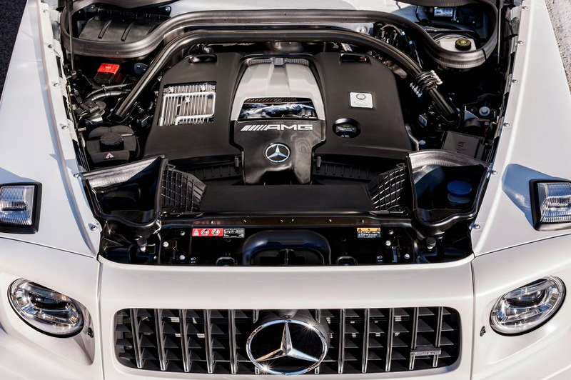 換上4.0升V8雙渦輪增壓引擎,現可輸出585hp與86.6kg-m最大動力。
