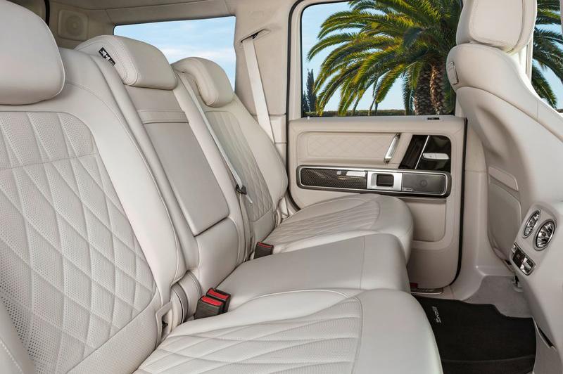 奢華舒適就不用多提了,此等豪車哪輛做不到?