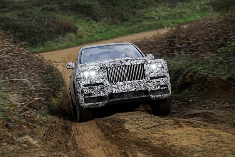 由Rolls-Royce 的設計師、工程師與工匠悉心設計、測試和改良這款獨特的車型,去蕪存菁,使它「不受地域限制,無拘無束」。