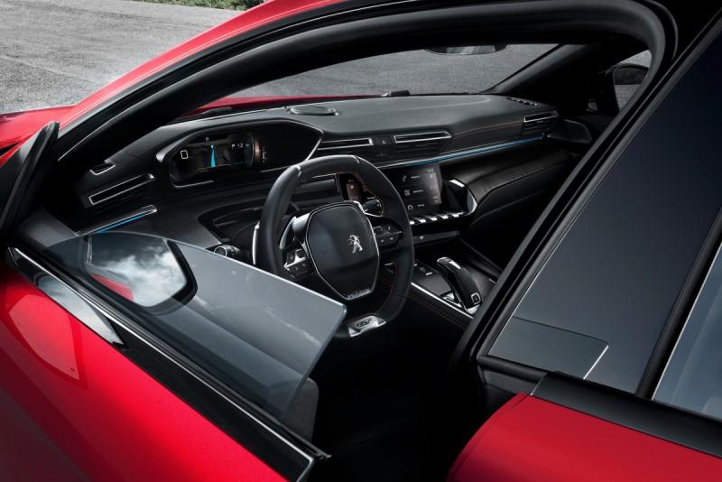 無窗框車門設計讓全新Peugeot 508由傳統房車蛻變成為一輛四門Coupe