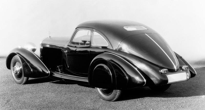 1934年,代號W29的500K車型為 Mercedes-Benz 揭開車壇豪華雙門轎跑的歷史新頁。
