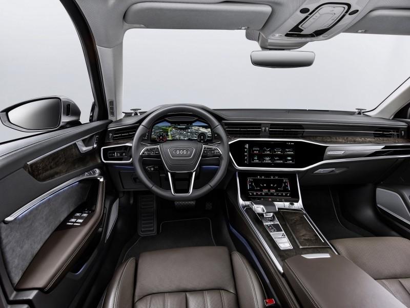 全新Audi A6 Sedan 集家族最新世代雙螢幕直覺化車艙設計及Audi AI智慧安全科技於一身,實現智慧行車新生活。