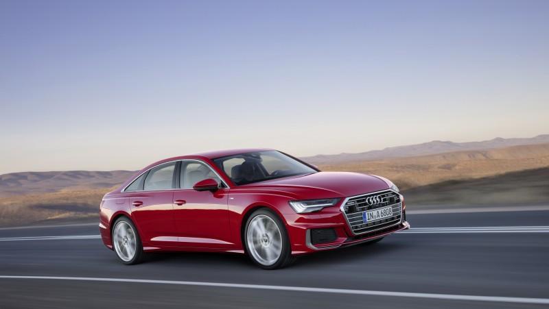 首批將於歐洲市場推出3.0 TFSI 汽油及3.0 TDI柴油兩款動力規格,並搭載精進的四輪轉向系統,打造兼具跑車般的駕馭樂趣與舒適的乘坐品質。