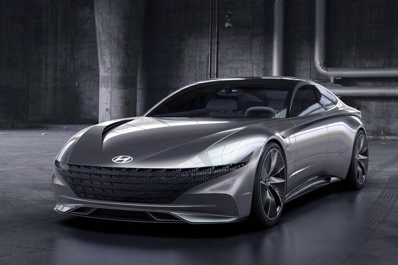 所以往後的Hyundai,沒意外都會是這種翹鬍子臉了。