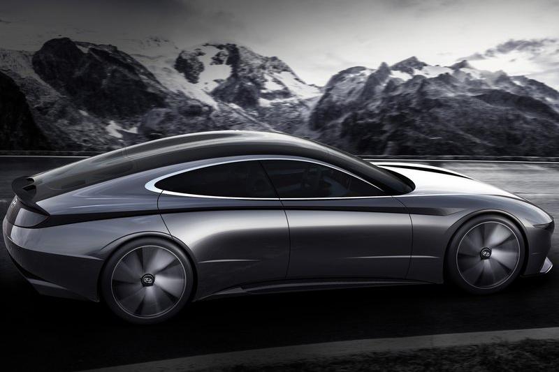 不只車頭,腰肩的折線、滑順的輪廓與動感的性格相信都將是未來Hyundai車款所依循的重點。