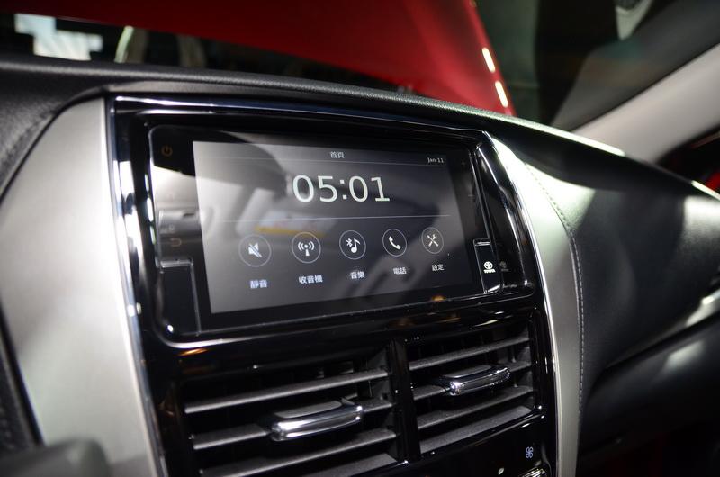 經典型以上車款配有Drive+隨行駕駛系統與恆溫空調