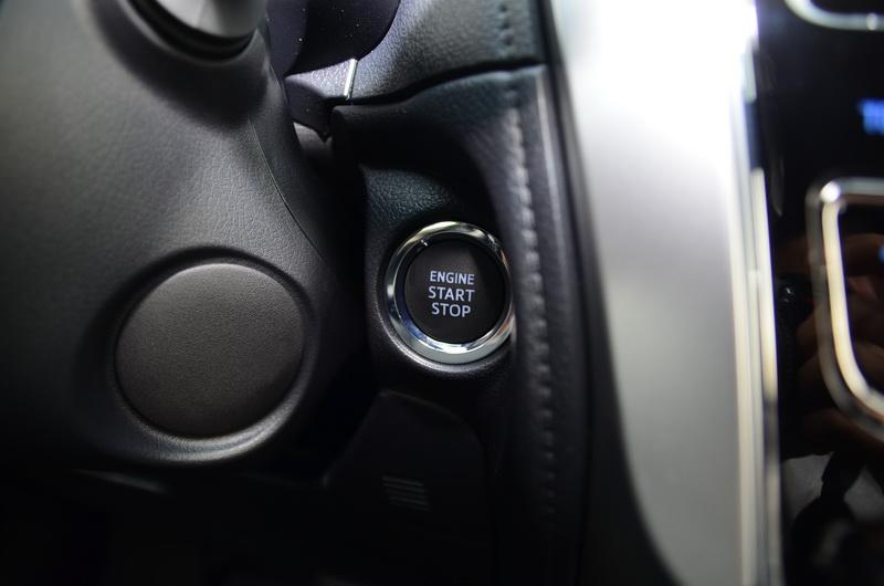 高階款配有便利的按壓引擎啟動按鍵