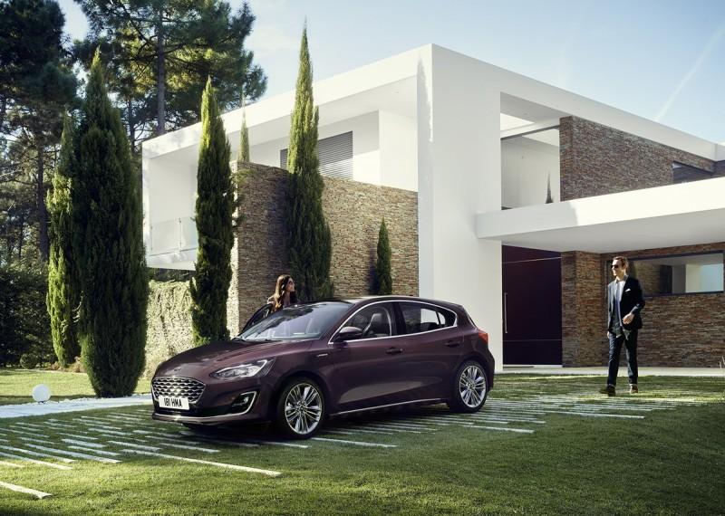 Focus Vignale是最豪華車款,從水箱護罩、鍍鉻飾條可看出質感更上一層樓