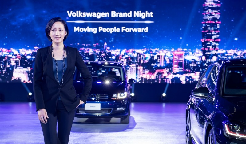 台灣福斯汽車總裁Katy Tsang敬獻台灣消費者MSB模組化安全駕駛系統於旗下車款,實現「德藝安全 與眾同行」願景。