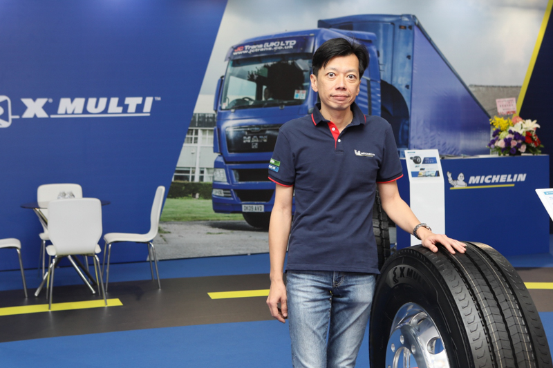 台灣米其林卡客車胎產品經理陸彥豪先生深入介紹X MULTI 及X LINE 兩個系列卡客車輪胎的優點特色。