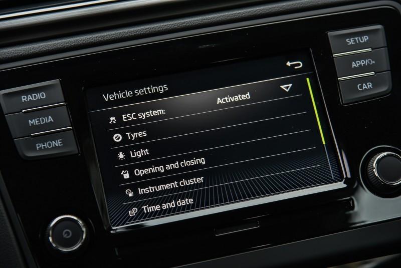 2018 Rapid強化了主被動安全系統的配置大大的降低了車輛失控風險,對於駕駛與乘客的防護更上一層樓。