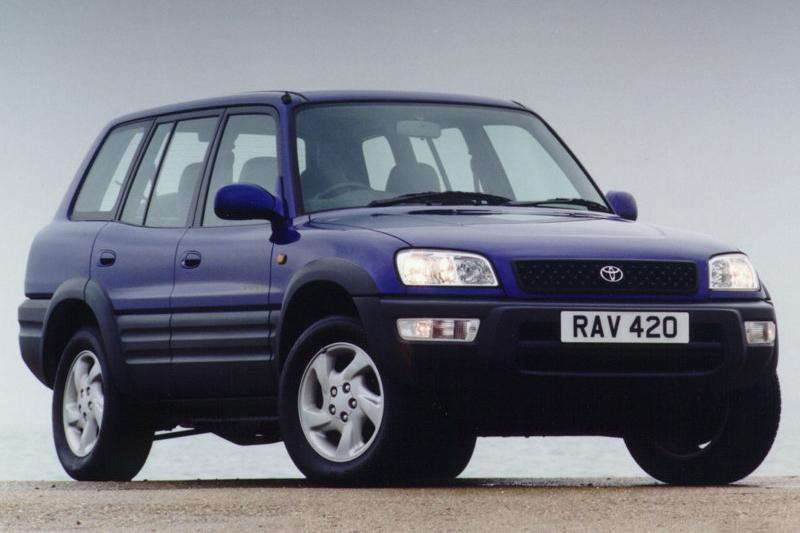 1996年的Toyota RAV4引領出現代SUV狂潮,隨後包括Freelander、CR-V、X5甚至Cayenne,都算得上是RAV4的追隨者。