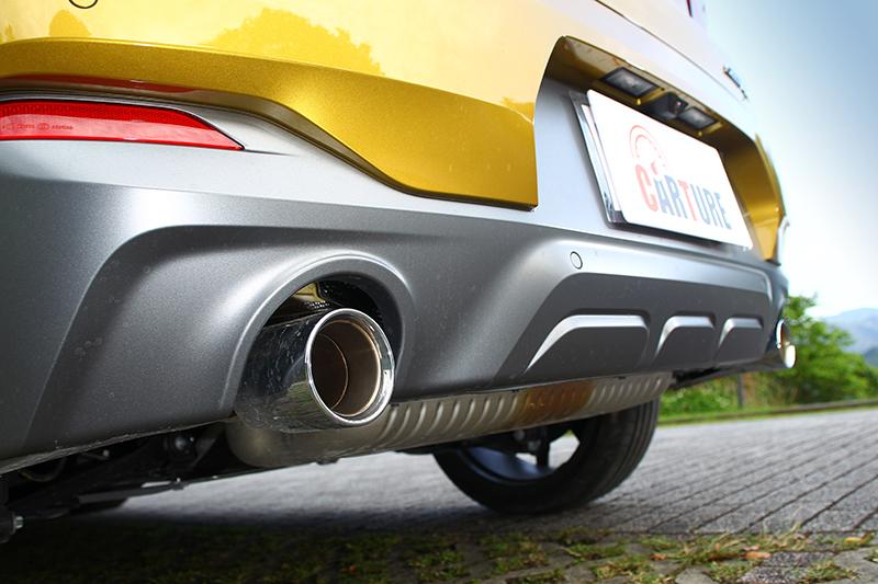 車身配置M Sport X空力套件,帶來更具個性化的視覺觀感。