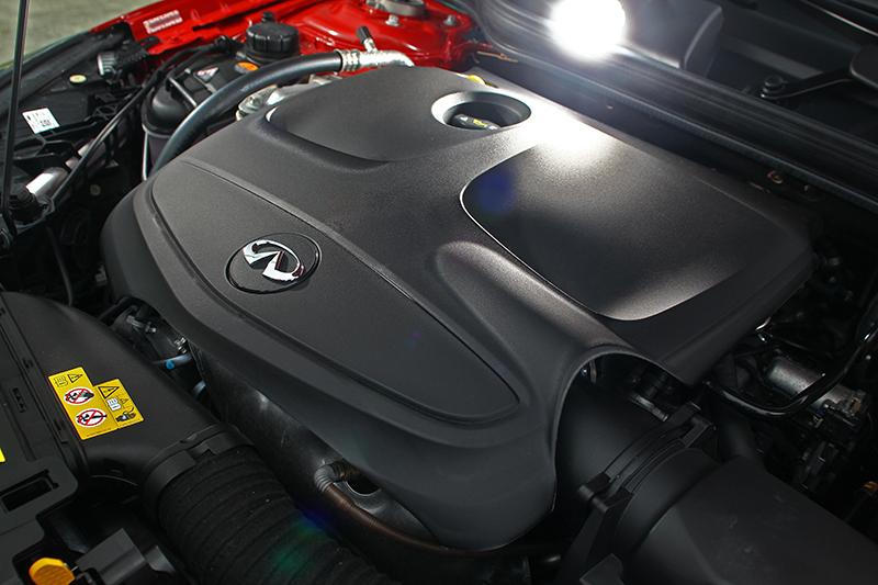 2.0升渦輪增壓引擎可輸出208hp最大馬力,加速感受輕盈且飽滿。