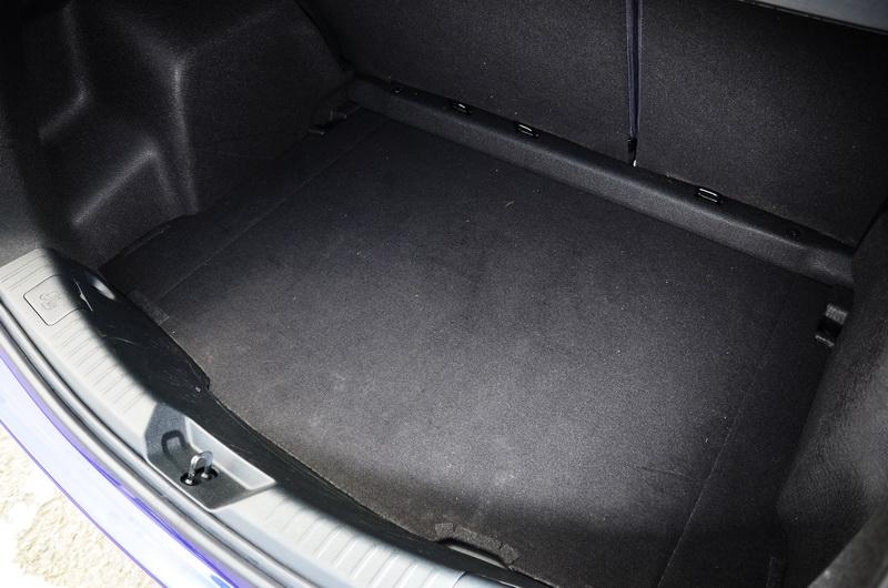 Yaris體型雖小,即便滿載行李箱仍具備310公升的置物容納量
