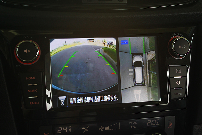 AVM環景影像輔助系統也是相當好用且安全的功能。