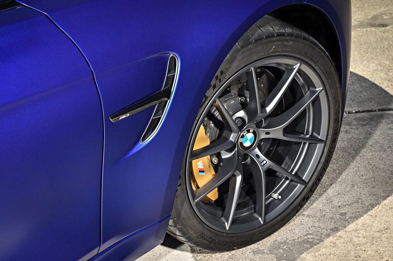 前後配的胎圈與煞車系統外加輕量化懸吊,讓M3 CS的操控反應精彩可期。
