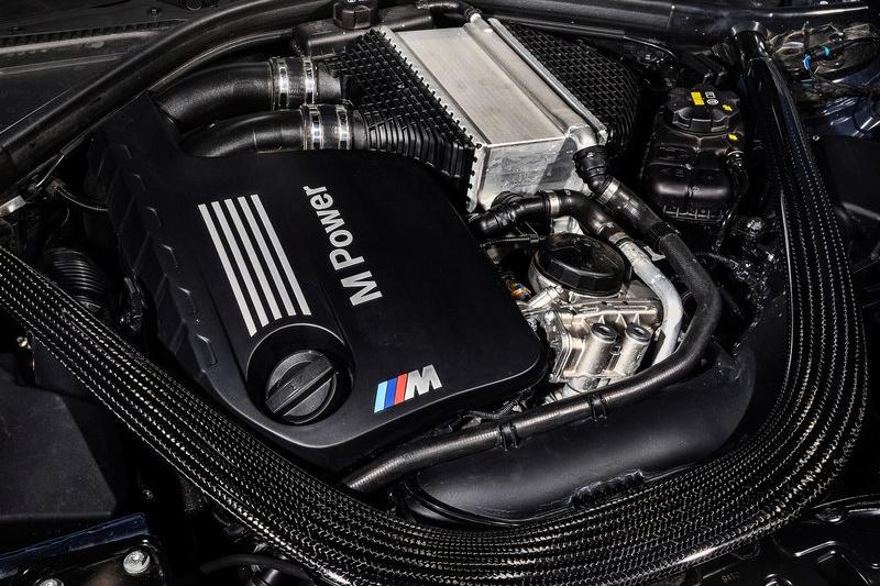 3.0升直六雙渦輪增壓心臟擁有460hp/6250rpm與61.2kg-m/4000-5380rpm峰值輸出。