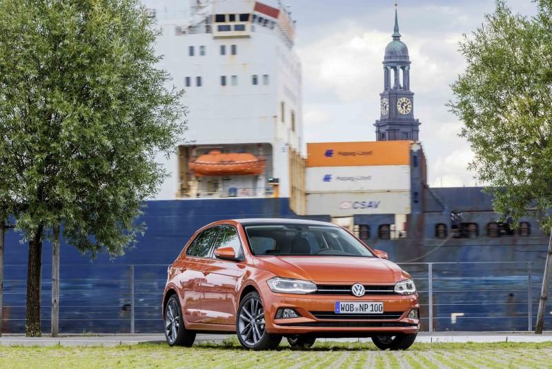 現購The new Polo指定車型,即享低頭款、低月付低利率貸款等多元購車方案。