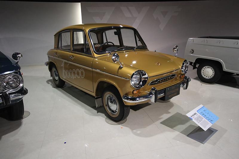 1963年Carol600,這輛車同時也是Mazda第100萬輛下線紀念車。