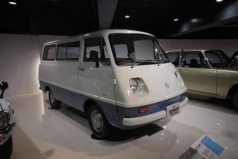 1968年Bongo 1000 Van。