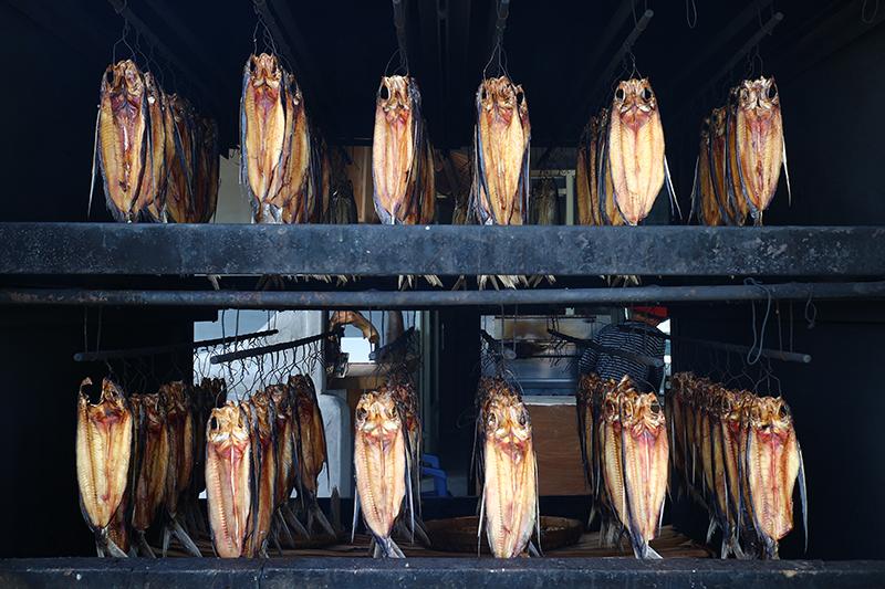 山珍海味的原民料理諸如飛魚乾,也是來到花蓮必嚐的珍饈。