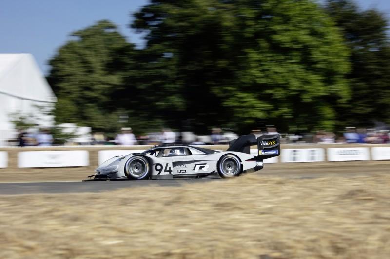 .I.D. R Pikes Peak以43.86秒成績打破英國Goodwood電動車組別最速紀錄。