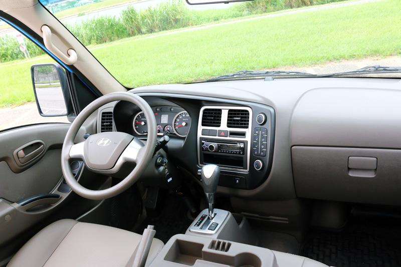 轎式化的座艙陳設,讓Hyundai Porter不會有過去商用車的廉價感。