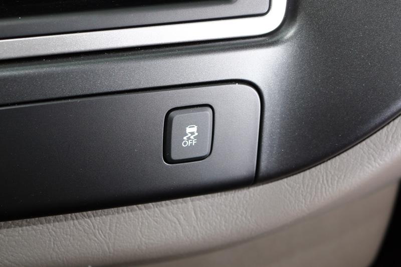 這回Porter改款最重要的就是將TCS循跡防滑控制系統與ESP電子車身穩定系統列為標準配備,在主動安全上完勝當前市場上所有的日系商用車。