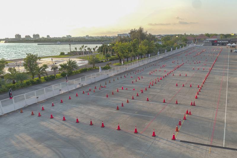 所謂「金卡納障礙挑戰賽」就是在有限的場地中以障礙錐筒圍繞出一條賽道。
