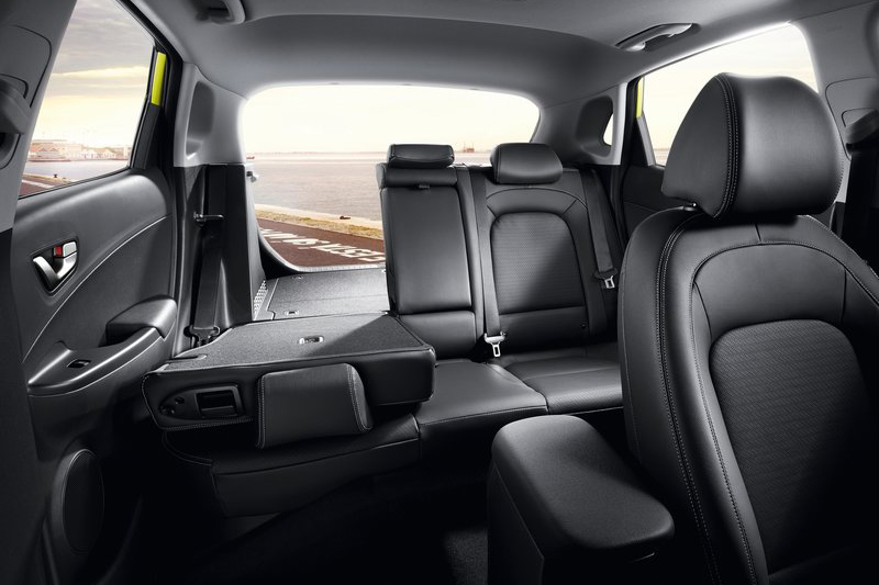 行李廂底板為平整化設計,同時後座椅背具備6/4分離功能。