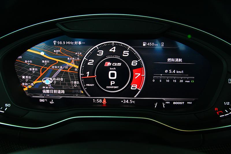 12.3吋數位儀表可顯示多種資訊,駕駛可依喜好自行選擇顯示介面。