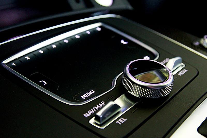MMI觸控手寫板不僅有美化座艙功能,對於操作也有實質助益。