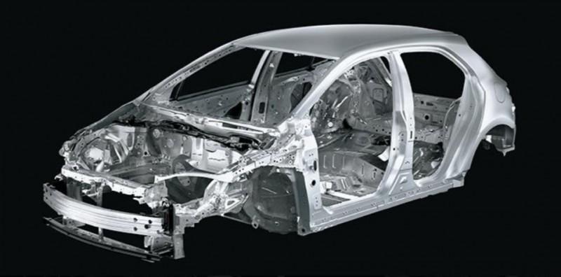 車體採用1,500MPa等級超高強度鋼材,透過超高剛性結構提高車輛穩定性