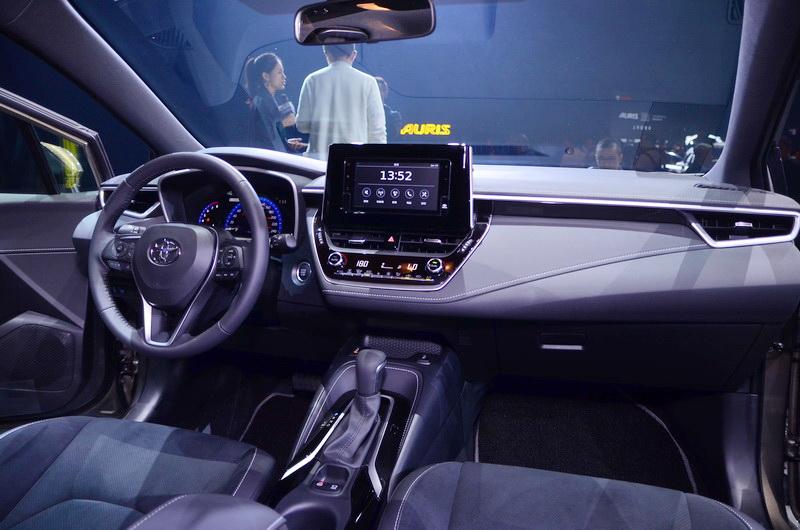 車室座艙以更符合人體工學的介面配置及駕駛輔助系統進行打造