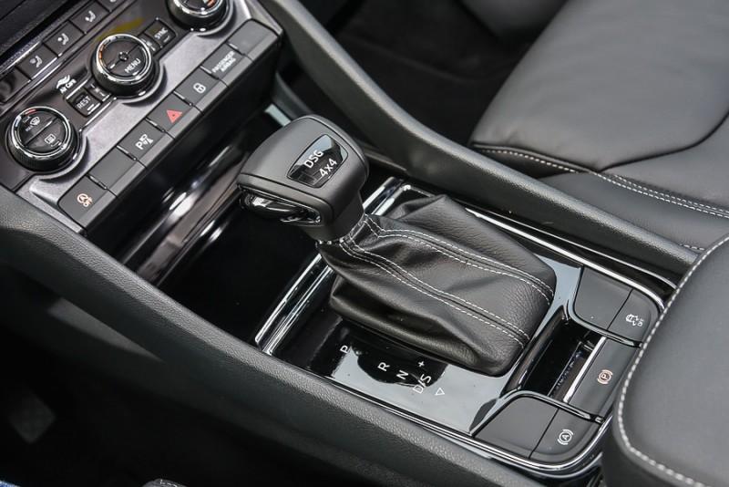 七速雙離合自手排變速箱搭配4X4全時四輪傳動系統讓動力傳遞更有效率