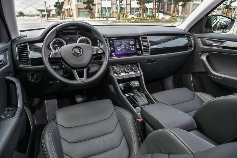 包覆性良好座椅搭配直覺駕駛界面讓Kodiaq就算長途駕駛也很輕鬆