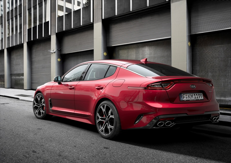 Stinger絕美身形展現GT轎跑應有氣勢,更榮獲德國紅點設計大獎2018設計至尊獎。
