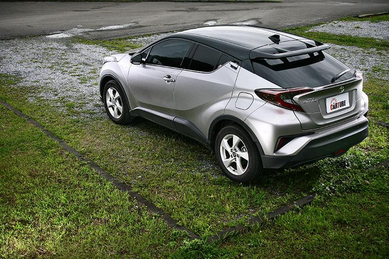 Toyota C-HR。