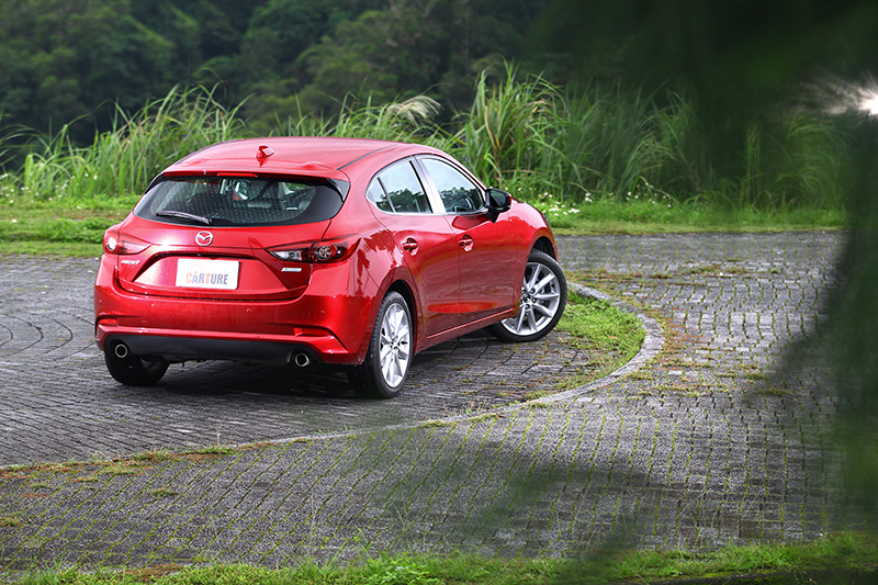 Mazda 3與Auris風格最相近,但世代新舊並不完全成為決勝的因由。
