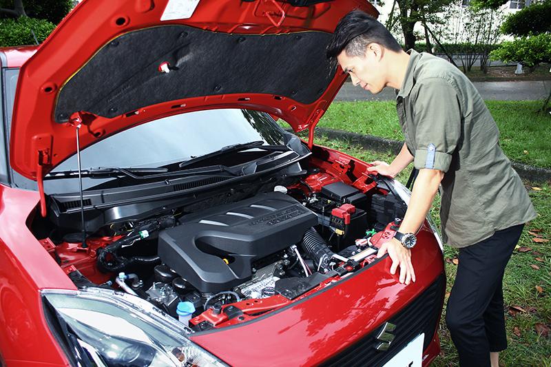 作為Downsizing風潮的引領者,SUZUKI SWIFT配置了直列三缸1.0L BOOSTERJET缸內直噴渦輪增壓引擎。